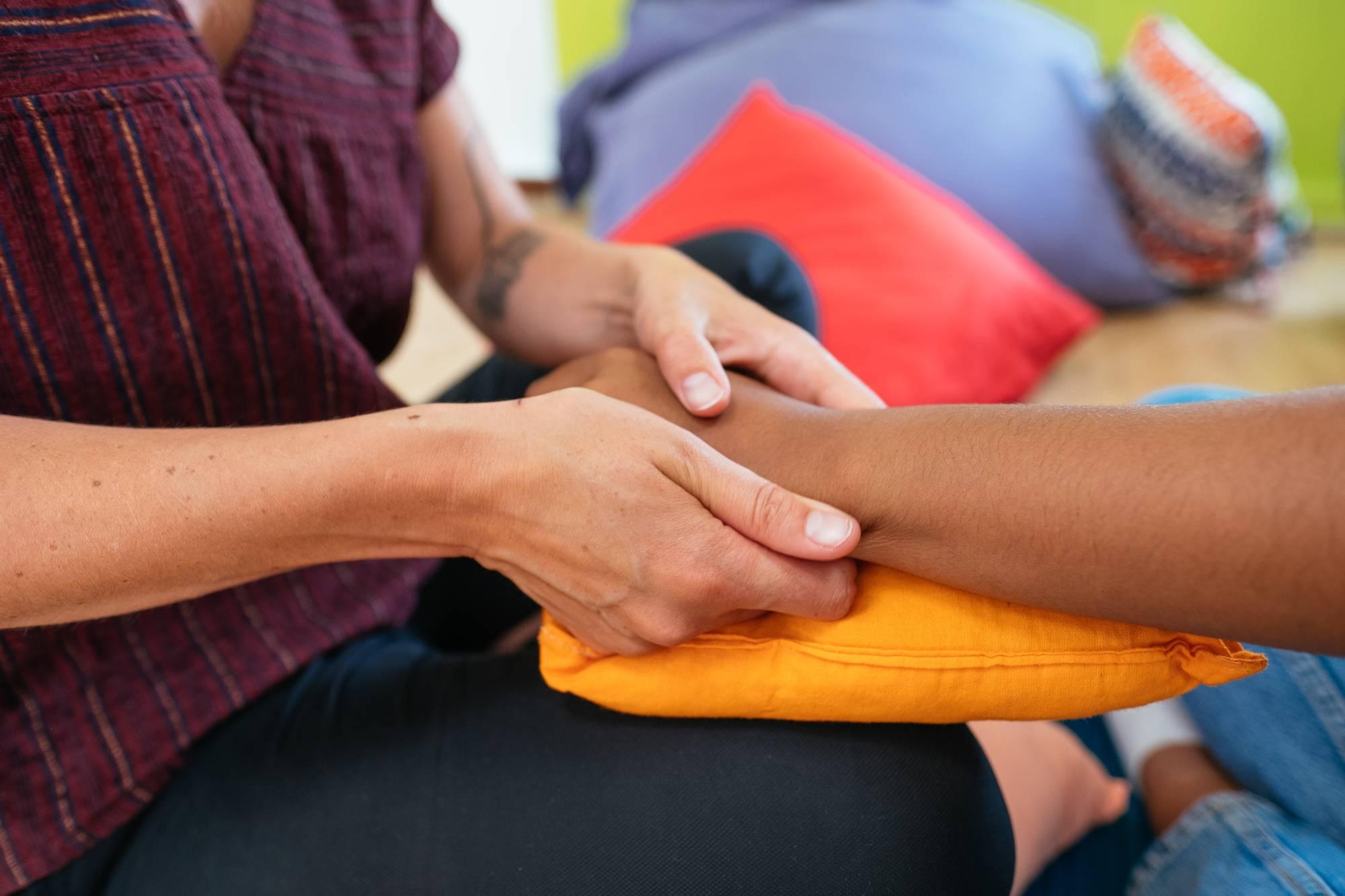 Camille Le Maléfan – Intervention et Formation Massage et Toucher Relationnel